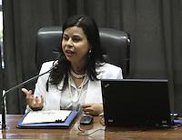ATENCAO EDITOR: FOTO EMBARGADA PARA VEICULO INTERNACIONAL - SAO PAULO, SP, 29 NOVEMBRO 2012 - SEMINARIO E-DEMOCRACIA: PARLAMENTO E POLITICA NA ERA DIGITAL – Cibelle Vieirada Controladoria Geral da Uniao que participou do debate sobre as novas relacoes entre a sociedade e o Estado presentes na Lei de Acesso a Informacao e o movimento crescente por transparencia e abertuda de dados que foi o tema do seminario realizado na assembleia legislativa do estado na zona sul da capital nessa quinta, 29. (FOTO: LEVY RIBEIRO / BRAZIL PHOTO PRESS)