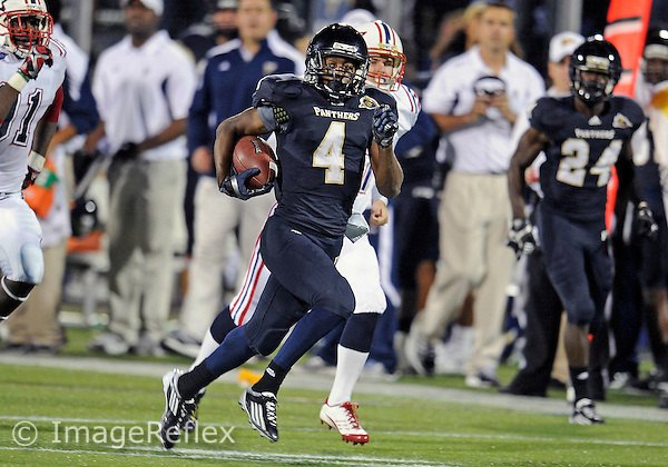 Florida International University football player wide receiver T.Y. Hilton (4) plays against the Florida Atlantic University on November 12, 2011 at Miami, Florida. FIU won the game 41-7. .