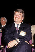 Le chef du RCM Jean Dore, et maire de Montreal au congres de l'UMQ 1993<br /> <br /> PHOTO D'ARCHIVE : Agence Quebec Presse