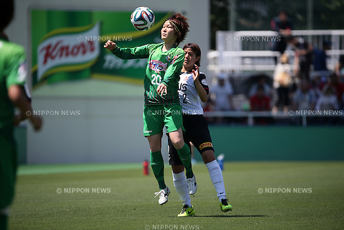 Mizuho sakaguchi (NTV BELEZA),<br /> JUNE 1, 2014 - Football / Soccer : Plenus Nadeshiko League 2014 Regular series between NTV BELEZA 0-2 Urawa Reds LADIES at Ajinomoto Field Nishigaoka Stadium, Tokyo, Japan. (Photo by Jun Tsukida/AFLO SPORT)