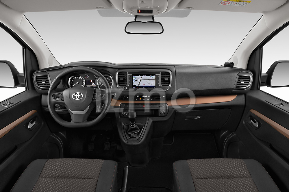 Stock photo of straight dashboard view of 2018 Toyota Proace-Verso MPV 5 Door Minivan Dashboard