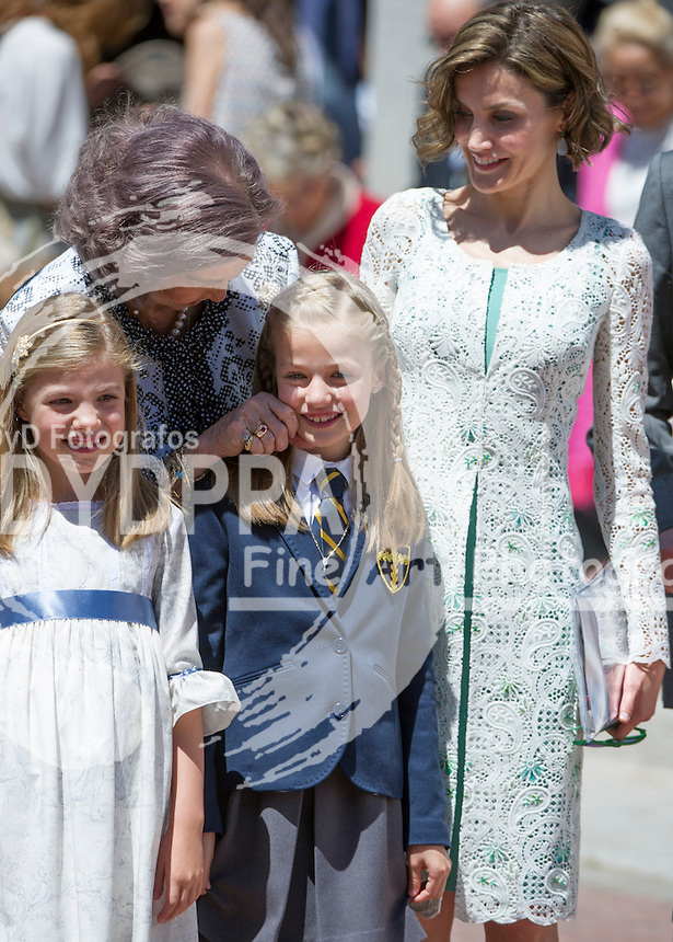 Queen Letizia; Former Queen Sofia; Princess Leonor; Princess Sofia
