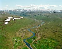 Fremri-Bakki og Kirkjuból séð til suðurs Langidalur, Nauteyrarhreppur. / Fremri-Bakki and Kirkjubol viewing south into Langidalur valley. Nauteyrarhreppur.