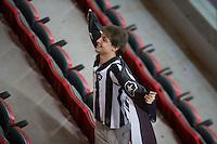 BRASÍLIA, DF, 20.11.2015 - ABC-BOTAFOGO -   Torcedor do Botafogo durante partida contra o ABC, valido pela 37ª rodada do Campeonato Brasileiro série B no estádio Mané Garrincha em Brasília nesta sexta-feira, 20. (Foto: Ed Ferreira/Brazil Photo Press)