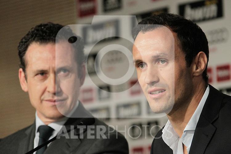 MADRID (12/08/2010).- Ricardo Carvalho press conference as new Real Madrid player. Pictured Ricardo carvalho and Jorge Valdano...Photo: Cesar Cebolla / ALFAQUI