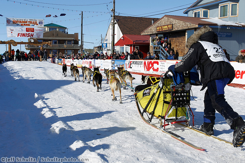 Hans Gatt places third on Tuesday afternoon in the  2011 Iditarod .