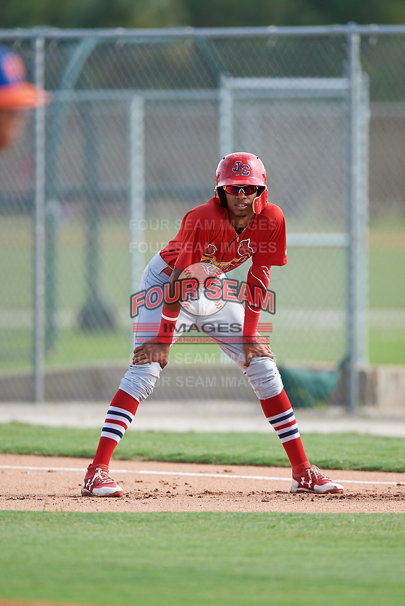 GCL Cardinals shortstop Delvin Perez (15) leads off first base during a game against the GCL Mets on July 23, 2017 at Roger Dean Stadium Complex in Jupiter, Florida.  GCL Cardinals defeated the GCL Mets 5-3.  (Mike Janes/Four Seam Images)