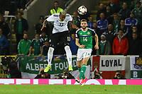 Jerome Boateng (Deutschland Germany) gegen Stuart Dallas (Nordirland, Northern Ireland) - 05.10.2017: Nordirland vs. Deutschland, WM-Qualifikation Spiel 9, Windsor Park Belfast