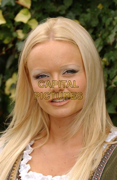 MELANIE IDDON - IDDEN.Cinderella Photocall, Orchard theatre, Dartford, Kent..September 6th, 2004.headshot, portrait,.www.capitalpictures.com.sales@capitalpictures.com.©Captial Pictures.com