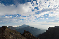 Spain, Canary Islands, La Palma, view from Roque de los Muchachos across Caldera de Taburiente