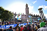 Big crowds for the start of the Women Elite Road Race of the UCI World Championships 2019 running 149.4km from Bradford to Harrogate, England. 28th September 2019.<br /> Picture: Allan McKenzie/SWpix.com | Cyclefile<br /> <br /> All photos usage must carry mandatory copyright credit (© Cyclefile | Allan McKenzie/SWpix.com)