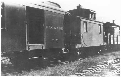Short caboose #0526 with coach-baggage car #212.<br /> D&amp;RGW