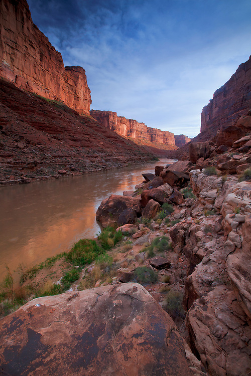 View of the San Juan River Canyon near mile 61 on the San Juan River in southern Utah, USA