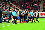 Rudel Bildung nach dem Foul an dem der Mainzer Kunde Malong Pierre beim Spiel in der Fussball Bundesliga, 1. FSV Mainz 05 - Bayer 04 Leverkusen (dunkel).<br /> <br /> Foto &copy; PIX-Sportfotos *** Foto ist honorarpflichtig! *** Auf Anfrage in hoeherer Qualitaet/Aufloesung. Belegexemplar erbeten. Veroeffentlichung ausschliesslich fuer journalistisch-publizistische Zwecke. For editorial use only. DFL regulations prohibit any use of photographs as image sequences and/or quasi-video.