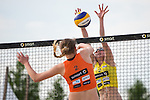 08.05.2015, Muenster, Schlossplatz<br /> smart beach tour, Supercup MŸnster / Muenster, Qualifikation<br /> <br /> Angriff Anne Matthes - Block Leonie Welsh<br /> <br />   Foto &copy; nordphoto / Kurth