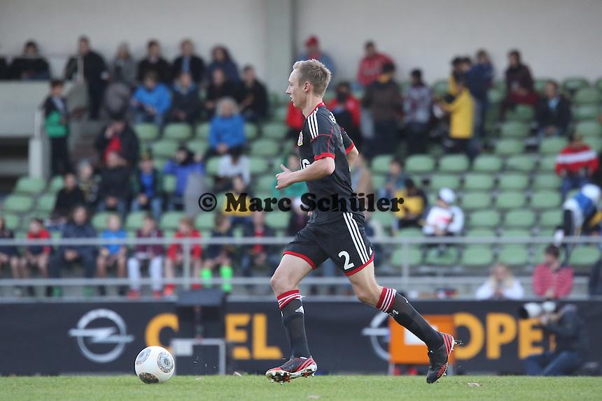 Nico Perrey (Bayer)