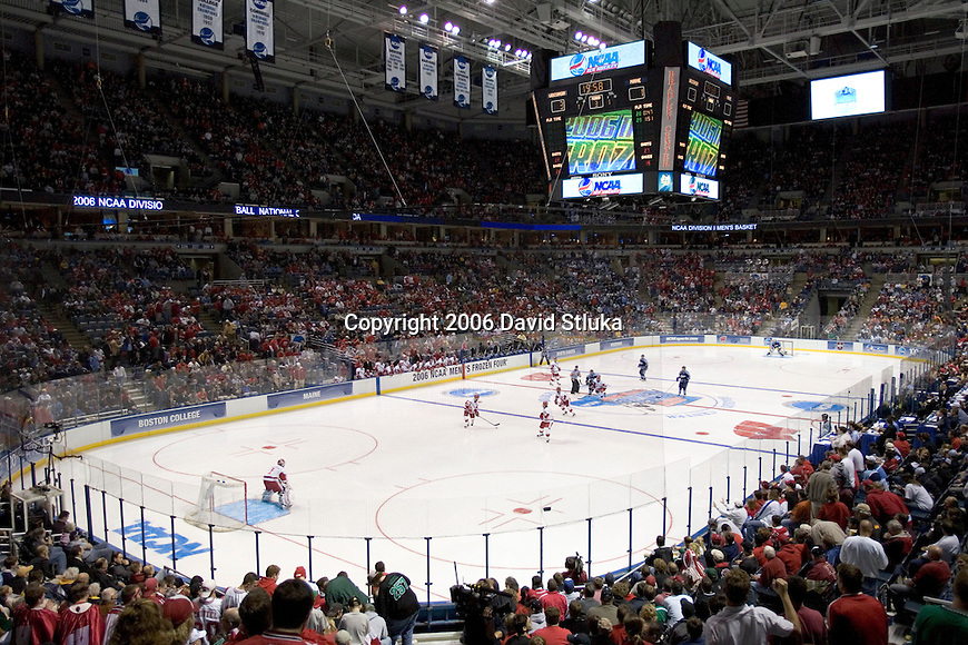 MILWAUKEE, WI - APRIL 6: A general view of the Bradley Center during the Wisconsin Badgers game against the Maine Black Bears during the NCAA Frozen Four on April 6, 2006 in Milwaukee, Wisconsin. The Badgers beat the Black Bears 5-2. (Photo by David Stluka)