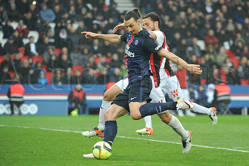 02.04.2016. Paris, France. French League 1 football. Paris St Germain versus Nice.  ZLATAN IBRAHIMOVIC (psg) scores his goal for PSG