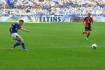 31.08.2019, VELTINS-Arena, Gelsenkirchen, GER, DFL, 1. BL, FC Schalke 04 vs Hertha BSC, DFL regulations prohibit any use of photographs as image sequences and/or quasi-video<br /> <br /> im Bild Jonjoe Kenny (#20, FC Schalke 04) macht das Tor zum 3:0<br /> <br /> Foto © nordphoto/Mauelshagen