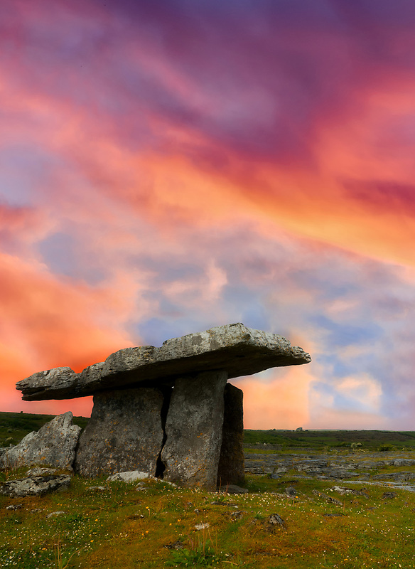 Poulnabrone ruins burial site. The Burren, County Clare, Ireland
