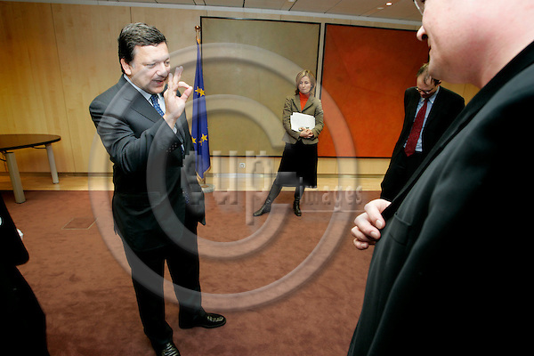 BRUSSELS - BELGIUM - 13 FEBRUARY 2006 --Interview with Jose Manuel BARROSO, President of the EU Commission. in the background from left the spokespersons Pia Ahrenkilde HANSEN and Johannes LAITENBERGER. PHOTO: ERIK LUNTANG / EUP-IMAGES