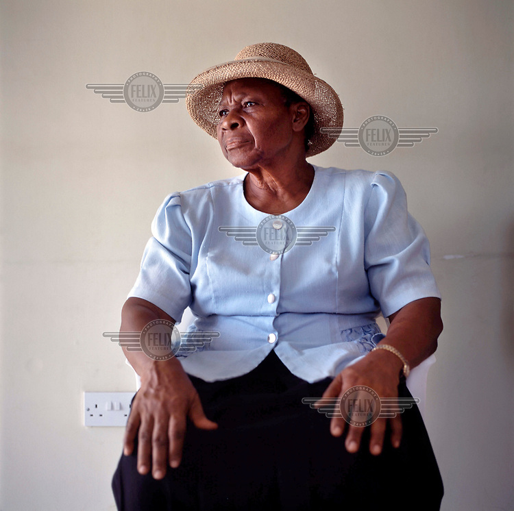 Nurse Cooper who checks up on the old and vunerable in the new northern community of Lookout which was established after the entire south of the island was evacuated following the eruption of the Soufriere Hills volcano in 1995. <br /> <br /> The volcano began erupting in July 1995, and remained active through the subsequent decade. Up to 7,000 of the 10,500 inhabitants have been evacuated from the island, while other residents have been moved to the northernmost areas. The southern region affected by the eruption is designated out of bounds to everyone except scientists.