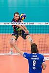 24.02.2019, SAP Arena, Mannheim<br /> Volleyball, DVV-Pokal Finale, VfB Friedrichshafen vs. SVG LŸneburg / Lueneburg<br /> <br /> Annahme Tyler Koslowsky (#1 Lueneburg) / Libero<br /> <br />   Foto © nordphoto / Kurth
