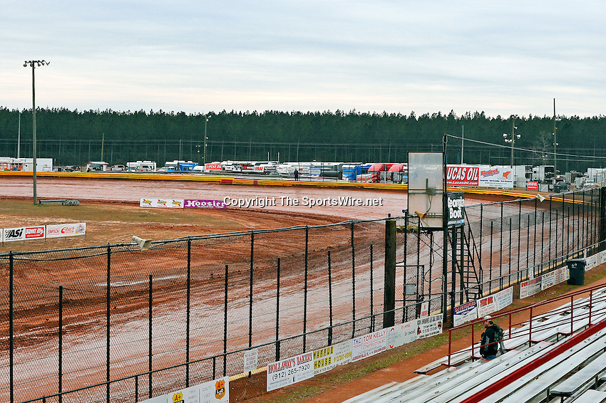 Feb 06, 2014; 6:24:49 PM; Waynesville, GA., USA; The Lucas Oil Late Model Dirt Series running The Georgia Boot Super Bowl of Racing at Golden Isles Speedway.  Mandatory Credit: (thesportswire.net)