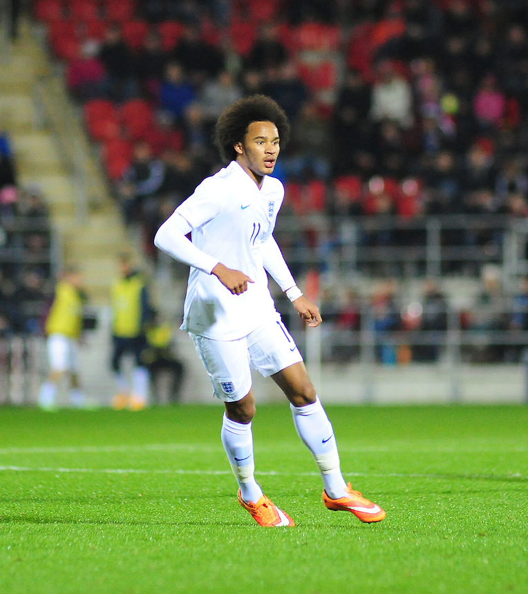 England&rsquo;s Isaiah Brown <br /> <br /> Photographer Andrew Vaughan/CameraSport<br /> <br /> U19 International Football Friendly - England U19 v Italy U19 - Friday 14th November - New York Stadium - Rotherham<br /> <br /> &copy; CameraSport - 43 Linden Ave. Countesthorpe. Leicester. England. LE8 5PG - Tel: +44 (0) 116 277 4147 - admin@camerasport.com - www.camerasport.com