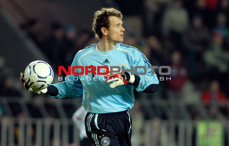 EM 06/07 Qualifikation Gruppe: D - <br /> Europameisterschafts-Endrunde<br /> <br /> Tschechien ( CZE ) - Deutschland ( GER ) 1 - 2<br /> <br /> Jens Lehmann<br /> <br /> Foto :&copy; nph (nordphoto) *** Local Caption ***