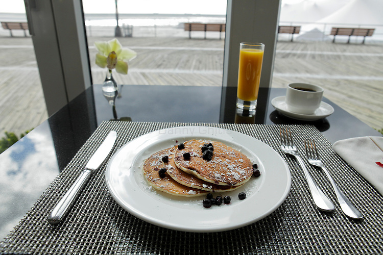 Blueberry buttermilk pancakes at Atlantica inside the Allegria Hotel in Long Beach. (October 15, 2010).Photo by Danny Ghitis