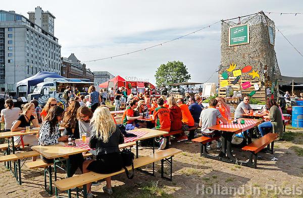 Culinair festival Het Hoofdgerecht op het Stenen Hoofd  aan het IJ in Amsterdam