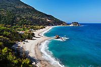 Greece, Aegean Islands, Southern Sporades, Island Samos, near Karlovassi: Potami Beach | Griechenland, Aegaeis, Suedliche Sporaden, Insel Samos, bei Karlovassi: Potami Beach, Kieselsteinsstrand