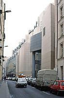Paris: Opera de la Bastille. Architect Carlos Ott. Photo '90.