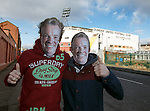 Dundee Utd fans with Craig Whyte masks