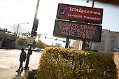 Chicago, Illinois.November 3, 2008.USA..Selling Senator and Presidential hopeful Barack Obama in the south side of Chicago...