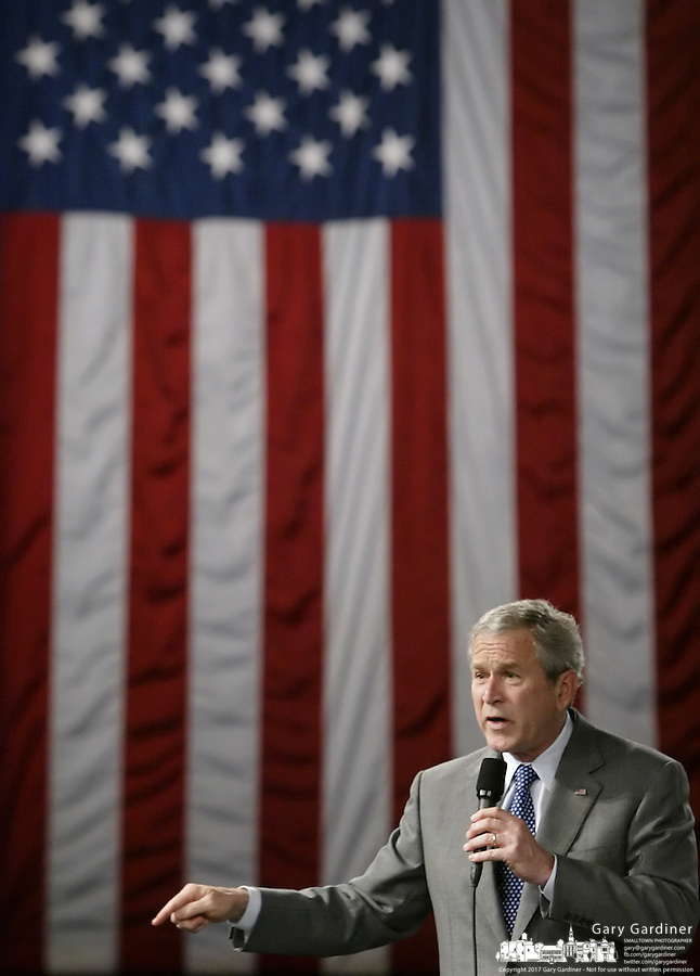 President Bush speaks about the global war on terror at Tippecanoe High School Thursday, Apr. 19, 2007 in Tipp City, Ohio.
