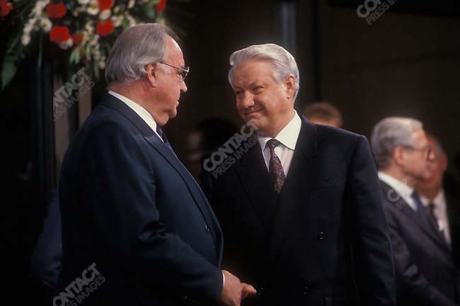 Boris Yeltsin, President of the Russian Federation, with Chancellor of Germany Helmut Kohl on an official visit to Germany. Bonn, Germany, November 1991.