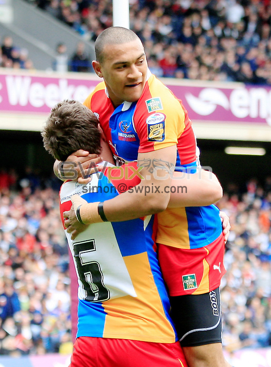 Pix: Chris Mangnall /SWPix.com, Rugby League, Super League. Magic Weekend @ Murrayfield Edinburgh Scotland 01/05/10 Hull FC v Harlequins RL....picture copyright>>Simon Wilkinson>>07811267 706>>....Harlequins's 3rd try Kevin Penny  congratulates scorer #6 Luke Dorn