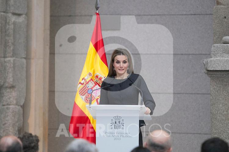 Queen Letizia of Spain attends Velazquez Visual Arts Award ceremony at Prado Museum in Madrid, Spain. November 17, 2014. (ALTERPHOTOS/Victor Blanco)