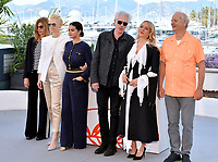 """CANNES, FRANCE. May 15, 2019: Sara Driver, Tilda Swinton, Selena Gomez, Jim Jarmusch, Chloe Sevigny & Bill Murray at the photocall for """"The Dead Don't Die"""" at the 72nd Festival de Cannes.<br /> Picture: Paul Smith / Featureflash"""