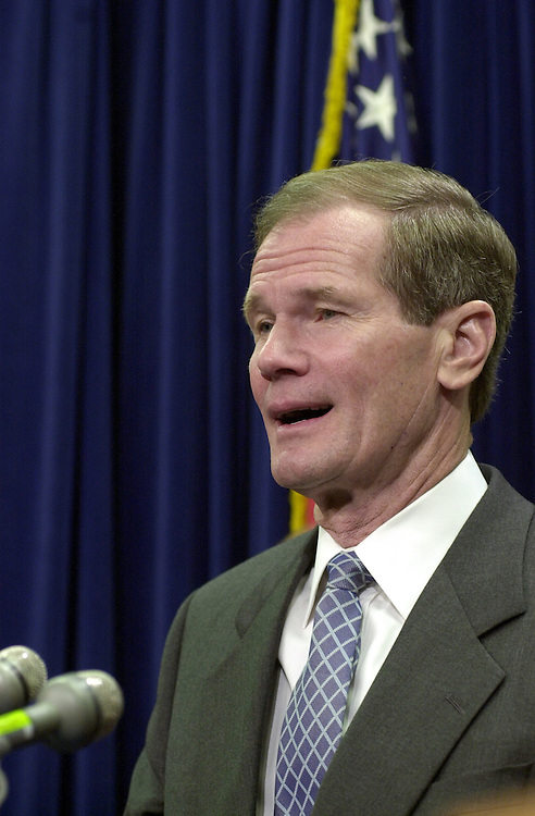 27freshmen120600 --  Bill Nelson, D-Fla.,during a press conference to introduce the democratic freshmen senators.