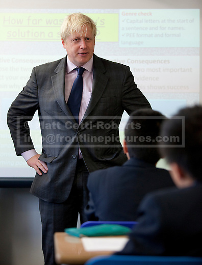 19/10/2012. LONDON, UK. Boris Johnson, the Mayor of London, takes party in a history lesson with school pupils of Pimlico Academy in London today (19/12/12) ahead of delivering a talk on making London a world leader in Education. Photo credit: Matt Cetti-Roberts