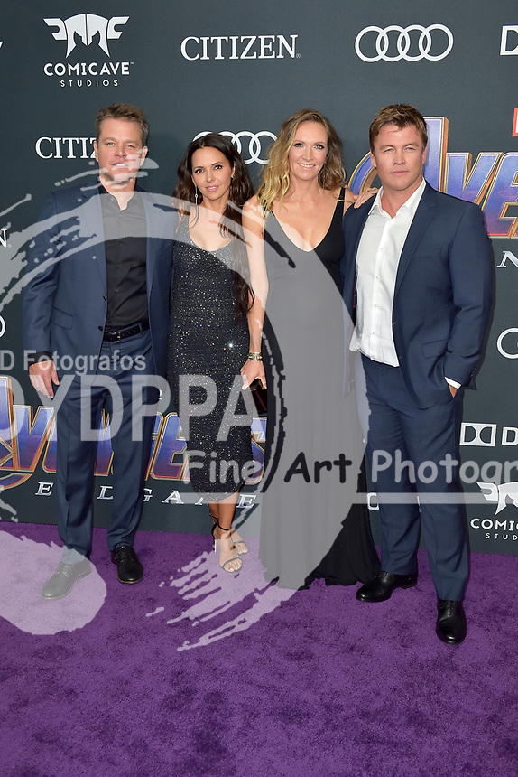Matt Damon mit Ehefrau Luciana Barroso und Luke Hemsworth mit Ehefrau Samantha Hemsworth bei der Weltpremiere des Kinofilms 'Avengers: Endgame' im Los Angeles Convention Center. Los Angeles, 22.04.2019