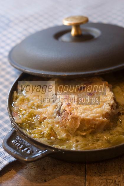 """Europe/France/Rhone-Alpes/74/Haute-Savoie/Chamonix: Soupe de campagne au choux recette de Pierre Carrier du restaurant """"La Maison Carrier"""""""