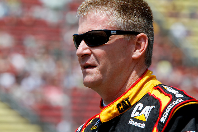 19 June, 2011: Jeff Burton prior to qualifying for the 43rd Annual Heluva Good! Sour Cream Dips 400 at Michigan International Speedway in Brooklyn, Michigan. (Photo by Jeff Speer :: SpeerPhoto.com)