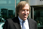 FBL 2007/2008 <br /> <br /> Guenter Netzer vor der VW Arena in Wolfsburg.<br /> <br /> <br /> Foto: &copy; nph ( nordphoto ) *** Local Caption ***