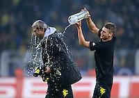 Fussball 1. Bundesliga :  Saison   2010/2011   32. Spieltag  21.04.2012 Borussia Dortmund - Borussia Moenchengladbach Jubel nach dem SIEG zur Deutschen Meisterschaft Trainer Juergen Klopp (li.) mit Lukasz Piszczek (Borussia Dortmund)