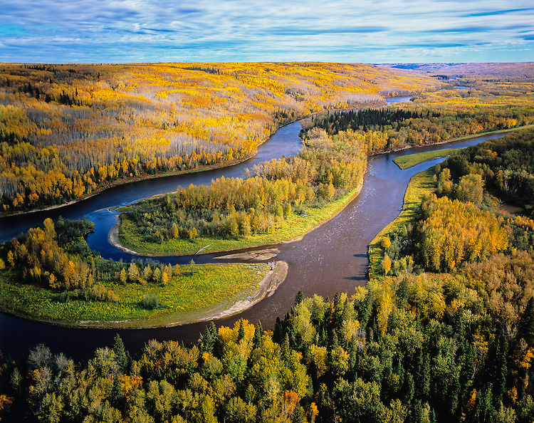 Located opposite Fort McMurray, this area could be damaged by expansion of the Oil sands. It is a proposed wilderness protected area.