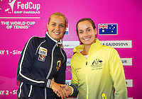 April 17, 2015, Netherlands, Den Bosch, Maaspoort, Fedcup Netherlands-Australia,fourth match Arantxa Rus (NED) (L) vs  Jarmila Gajdosova<br /> Photo: Tennisimages/Henk Koster
